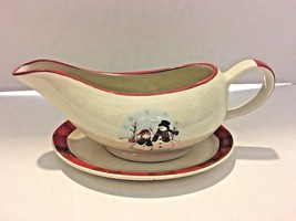 Royal Seasons Stoneware Gravy Boat & Plate - $19.78