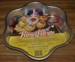 Vintage 1979 Wilton FanciFill Petal Cake Pan #502-4165 NEW UNUSED - $9.99