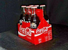1996 Coca-Cola Classic Commemorative Bottle Series AA-191693 Vintage 49000-0813 image 3