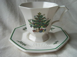 Nikko Christmastime Happy Holidays Cup Saucer Sets 4 Coffee Christmas Tree - $25.24