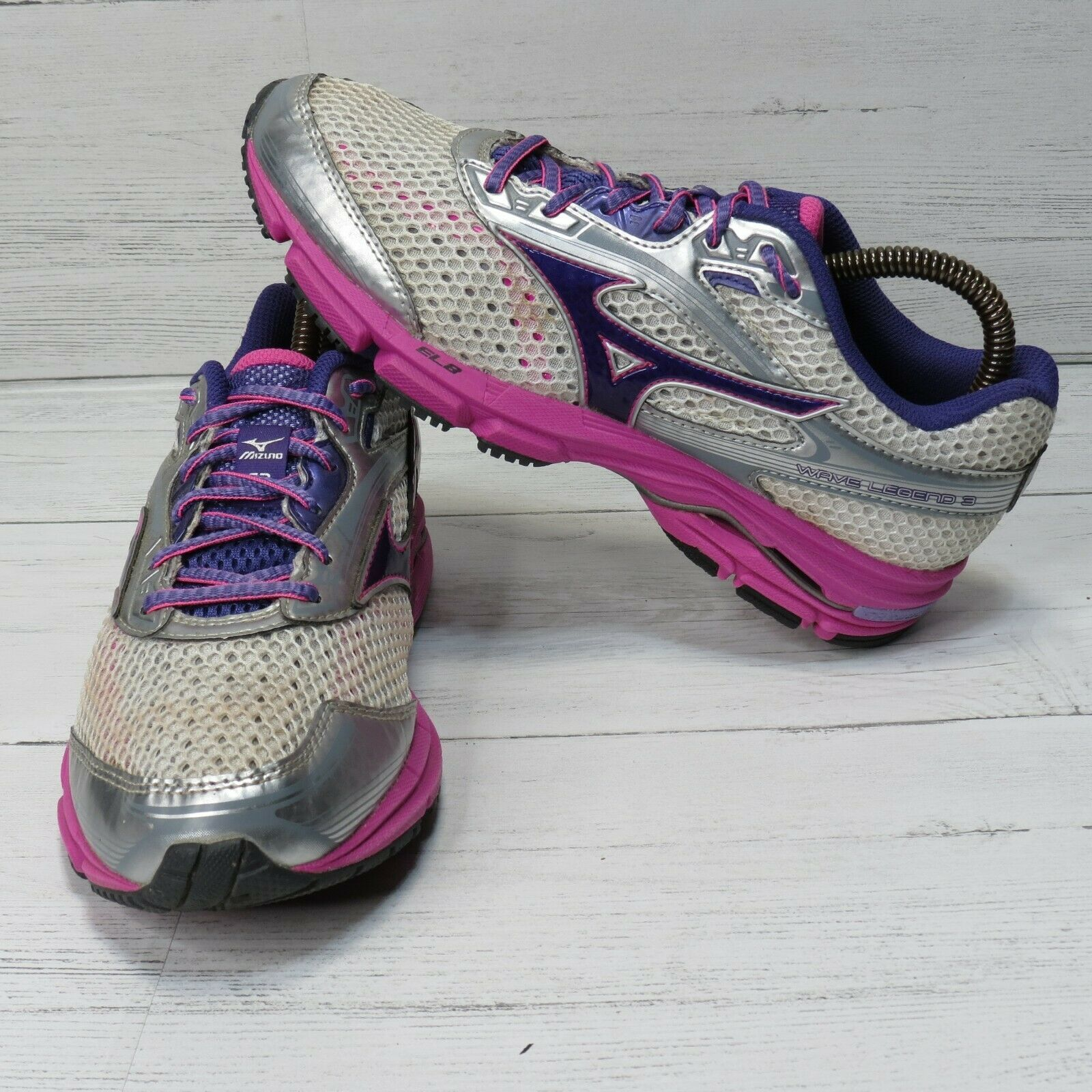 Mizuno Wave Legend 3 Running Shoes Womens 8 Silver Pink Athletic 410696.006V - $18.95
