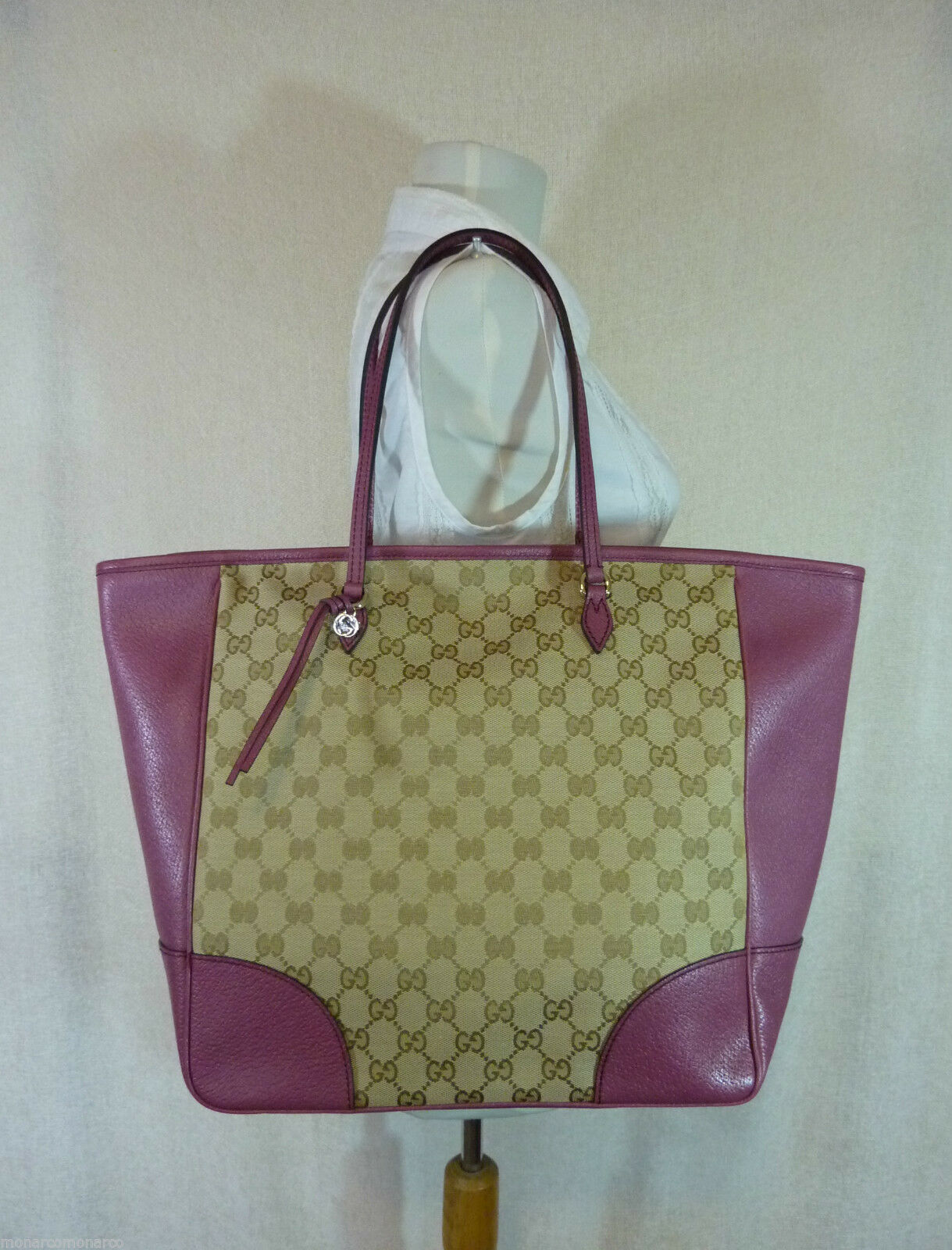 AUTH NWOT GUCCI Beige/Ebony/Dusty Rose Canvas/Leather Bree GG Tote