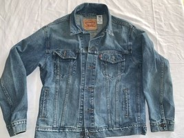 Levis Mens Jean Denim Trucker Jacket Sz Large 70507 M/wash Mint - $42.75