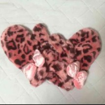 Tokyo Disney Sea Limited Minnie Mouse Pink fur leopard pattern gloves Mi... - $56.43