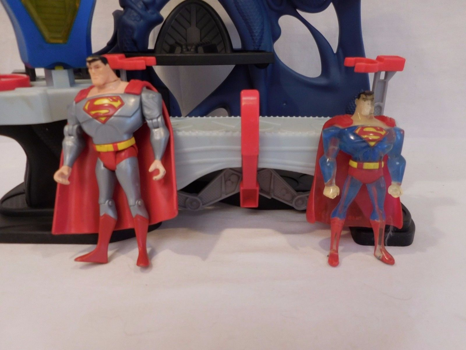 Superman DC Comics  Superfriends Playset with 2 figures
