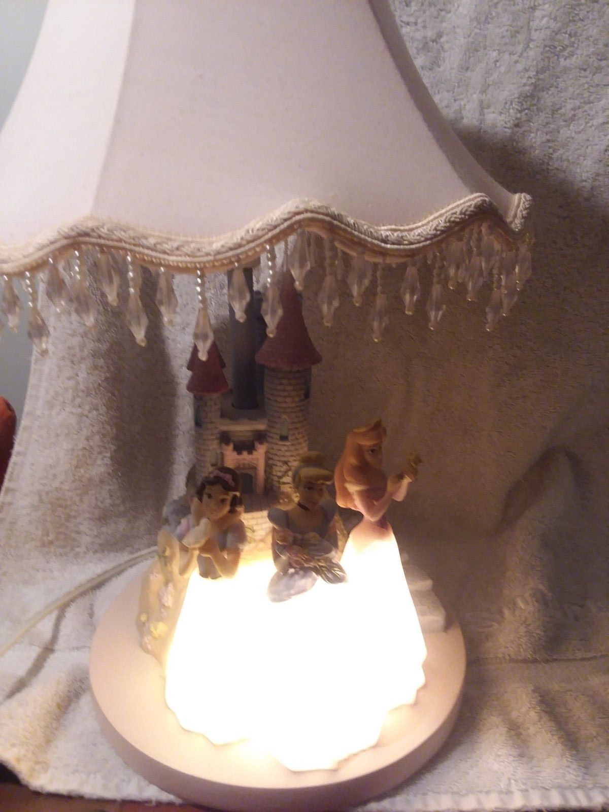 Disney 3 Princesses Table Lamp /Night Light Beaded Shade by Hampton Bay