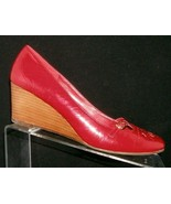 Steve Madden Parle 2 red leather round toe buckle cut out stacked wedges 9M - $16.69