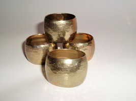 Hammered Brass Napkin Rings Holders Set of 4 Made in Hong Kong Mod weddi... - $9.87