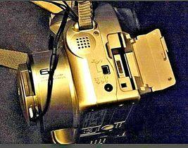 Fujifilm FinePix 2800 Zoom 2.0 MP Digital Camera Silver Vintage AA19-1389 image 10