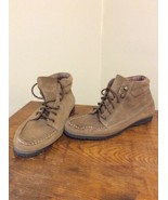 G.H. Bass & Co. Wms Size 7.5 M Riely Ankle Boot  Beige Suede  Lace Up EUC - $24.95