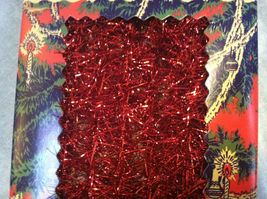 Red Tinsel Garland for Christmas Tree Decoration - 9ft - in vintage look box image 3