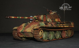 German Sd.Kfz.171 Panther G w/Zimmerit 1:35 Pro Built Model - $282.15