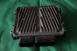 Mercedes Engine Control Unit Module ECU ECM A2721534479 A-272-153-44-79 image 4