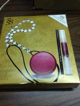 STILA MERRY & BRIGHT MAKEUP SET  LIP GLAZE, LIP & CHEEK CREAM Tulip, EYE... - $18.00