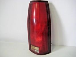 Chevrolet GM 1988-2000 RH Passenger Tail Light Lens OEM GM 16506362M - $16.61