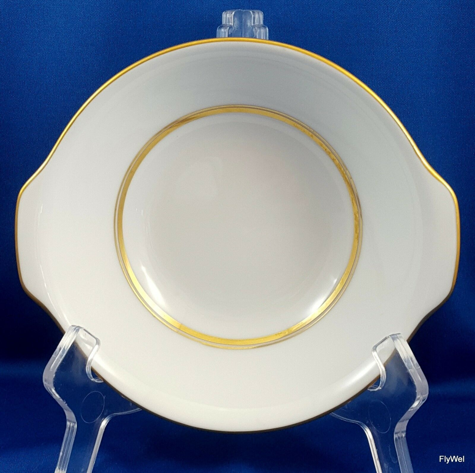 "Primary image for Noritake Gloria Lugged Cereal Bowl White with Gold 6"" ca 1970 6526"
