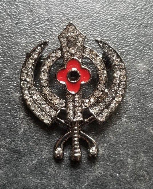 Stunning Diamonte Black Gun Metal SIKH Khanda Poppy Rememberance Day Brooch Pin image 3
