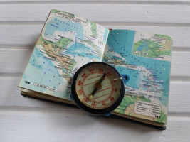 Vintage travel compass Military Old Soviet Compass  - $18.00