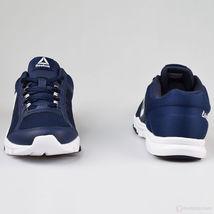 Fitness 0 Navy White YourFlex MT 9 Training shoes Reebok Train Men's SwTYA