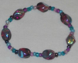 Handcrafted Mirrored Purple Beaded Stretch Bracelet 7 inches - $7.95