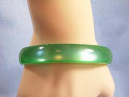 GREEN MOONGLOW Lucite Bangle Bracelet Vintage 60s Estate Career - $13.85