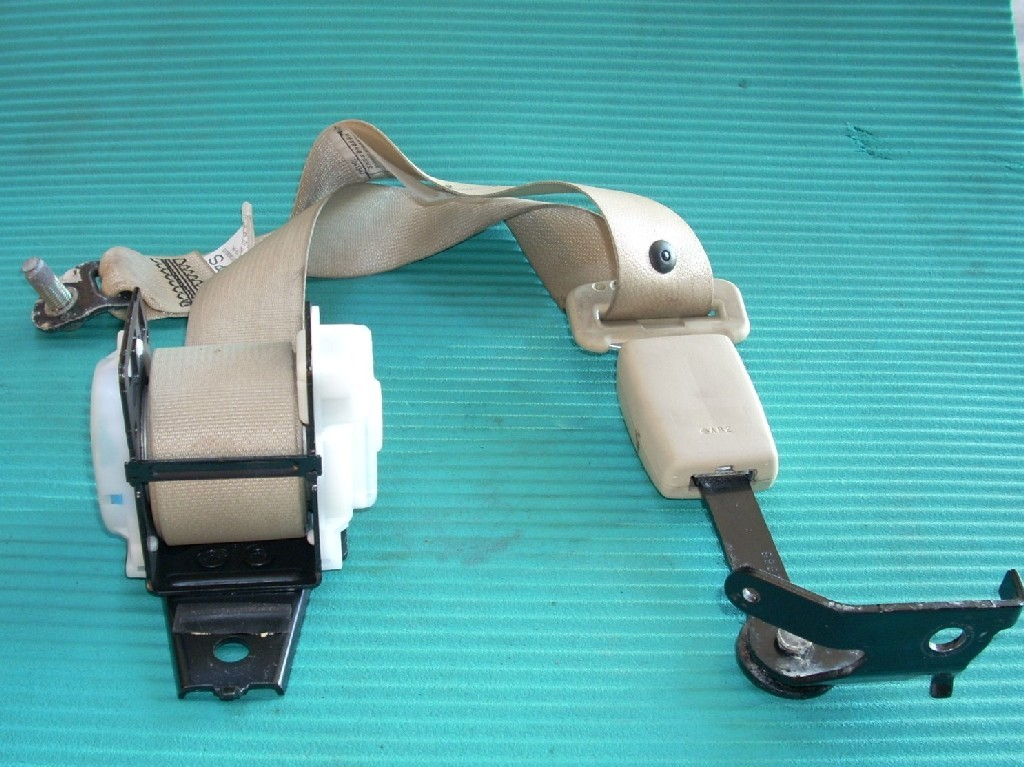 2007 INFINITI M35 LEFT REAR SEAT BELT GENUINE OEM