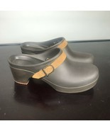 Crocs Sarah Buckle Brown High Heel Mules Clogs Women's Size 8. Nice! - $23.76