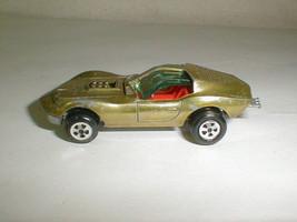 Johnny Lightning topper custom mako honey gold 1960s diecast red interior  - $40.00