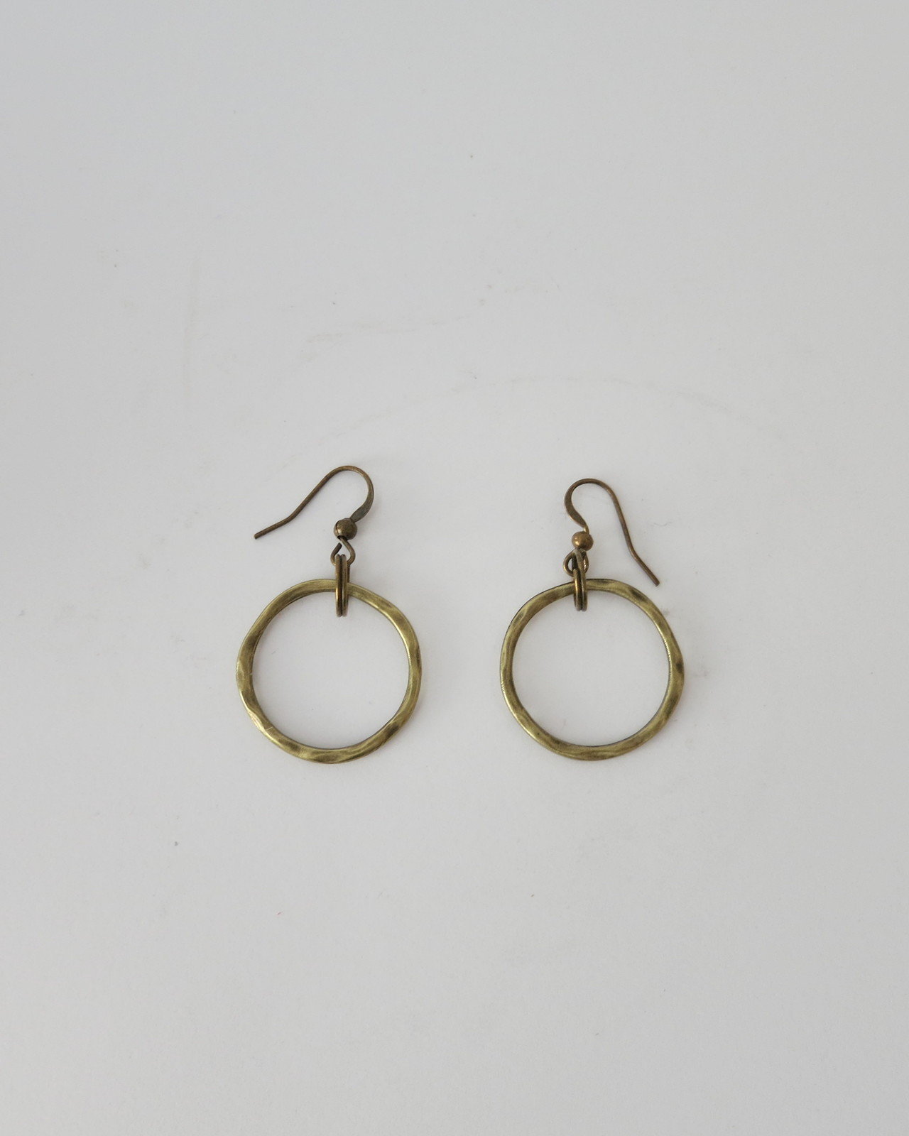 Simple hammered circle, aged bronze finish dangle earrings