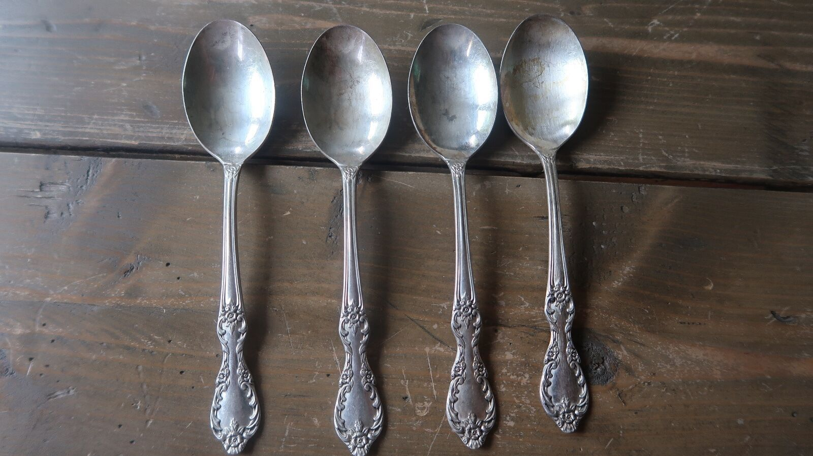 Primary image for Vintage Rogers Grand Elegance Soup Spoon 6.75 inches Set of 4