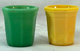 2 Akro Agate Glass Octagon Tumblers 1 Green 1 Yellow Both Marked - $19.99