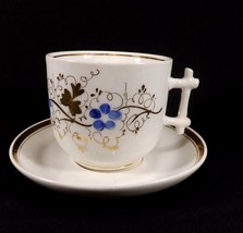 ANTIQUE VICTORIAN CUP & SAUCER SET GOLD WITH BLUE FLOWERS PRETTY HANDLE - $15.99
