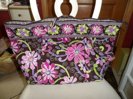 Vera Bradley Miller bag in retired Purple Punch pattern - £51.15 GBP