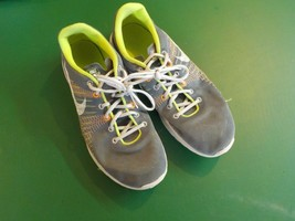 Nike flex run gray green athletic training casual sneakers size 7Y (NAT) - $5.89