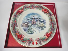 2000 LENOX CHRISTMAS VILLAGES AROUND WORLD NEW ENGLAND HILLTOP ANNUAL PL... - $34.20