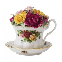 ROYAL ALBERT OLD COUNTRY ROSES MUSICAL TEACUP NEW IN BOX - $70.11
