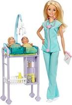 Barbie DVG10 Kinderärztin Puppe (blond) und Spielset (Blond) - $33.87