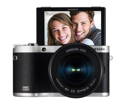 SAMSUNG NX300M Smart Camera with 18-55mm Lens Black/Self-Shot NEW image 1