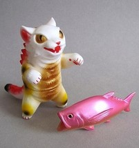 MaxToy Lucky Kaiju Negora w/fish image 2