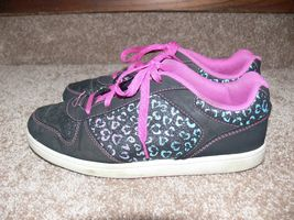 DISNEY LIV AND MADDIE Shoes Youth Sneakers Glitter Hearts Girls Size 5 cz image 4