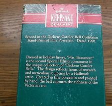 Hallmark Keepsake 2nd Dickens Caroler Bell Series Mrs. Beaumont 1991  EUC image 4