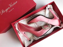 NEW AUTH Roger Vivier Pink Flower Strass Buckle Pumps Satin Heels Shoes 35.5