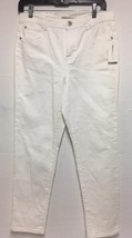 Style&co.bright White Women's Size 10 Petite Short Slim Leg Denim JEANS - $14.85