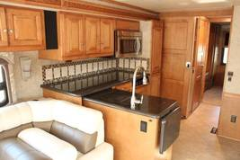 2015 Winnebago Adventurer 39' For Sale In Spark, NV 89436 image 3