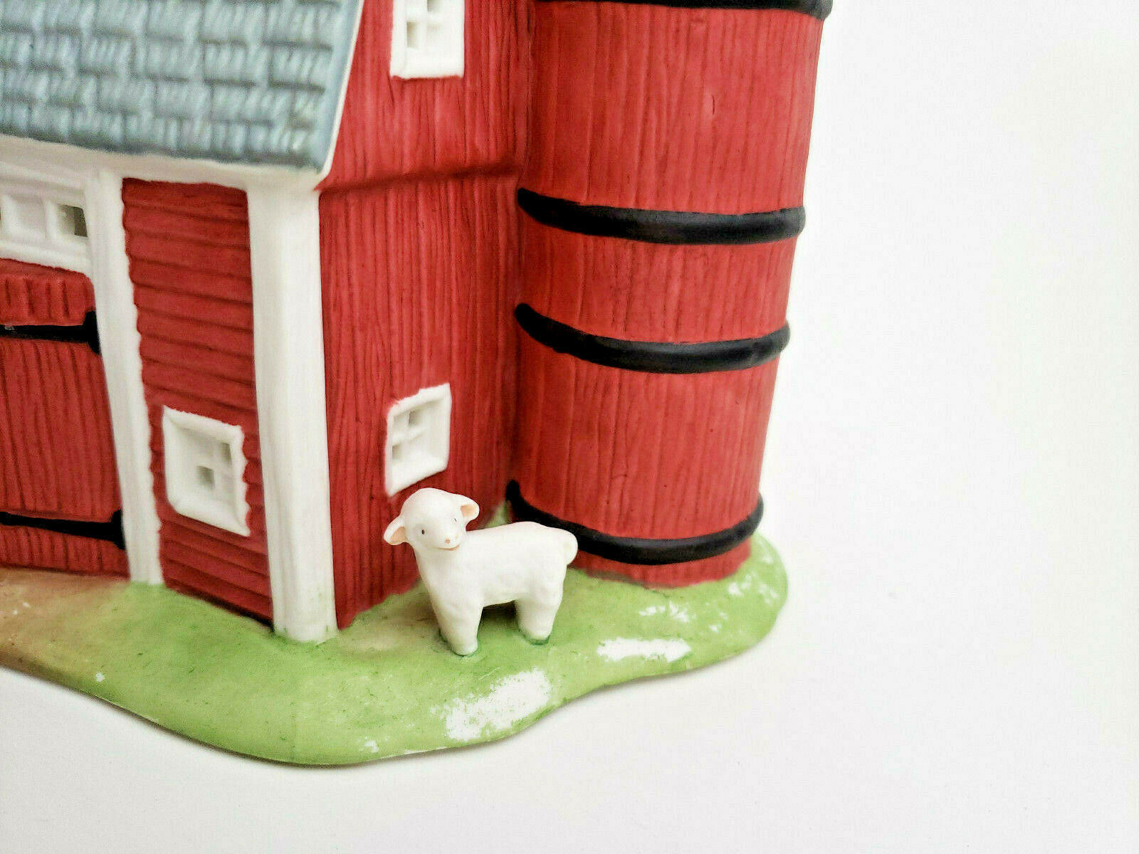 Meadow Brook Farm Tealight Candle Holder Holiday Village PartyLite P0493 Vtg