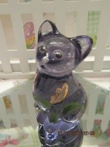 FENTON ART GLASS 2001 VIOLET MINI KITTEN FIGURINE W/HP FLOWERS - $35.00