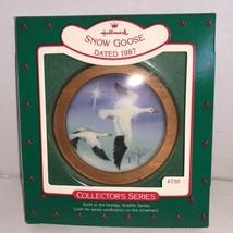 Hallmark Keepsake Ornament Holiday Wildlife Snow Goose #6 In Series 1987 - $5.00