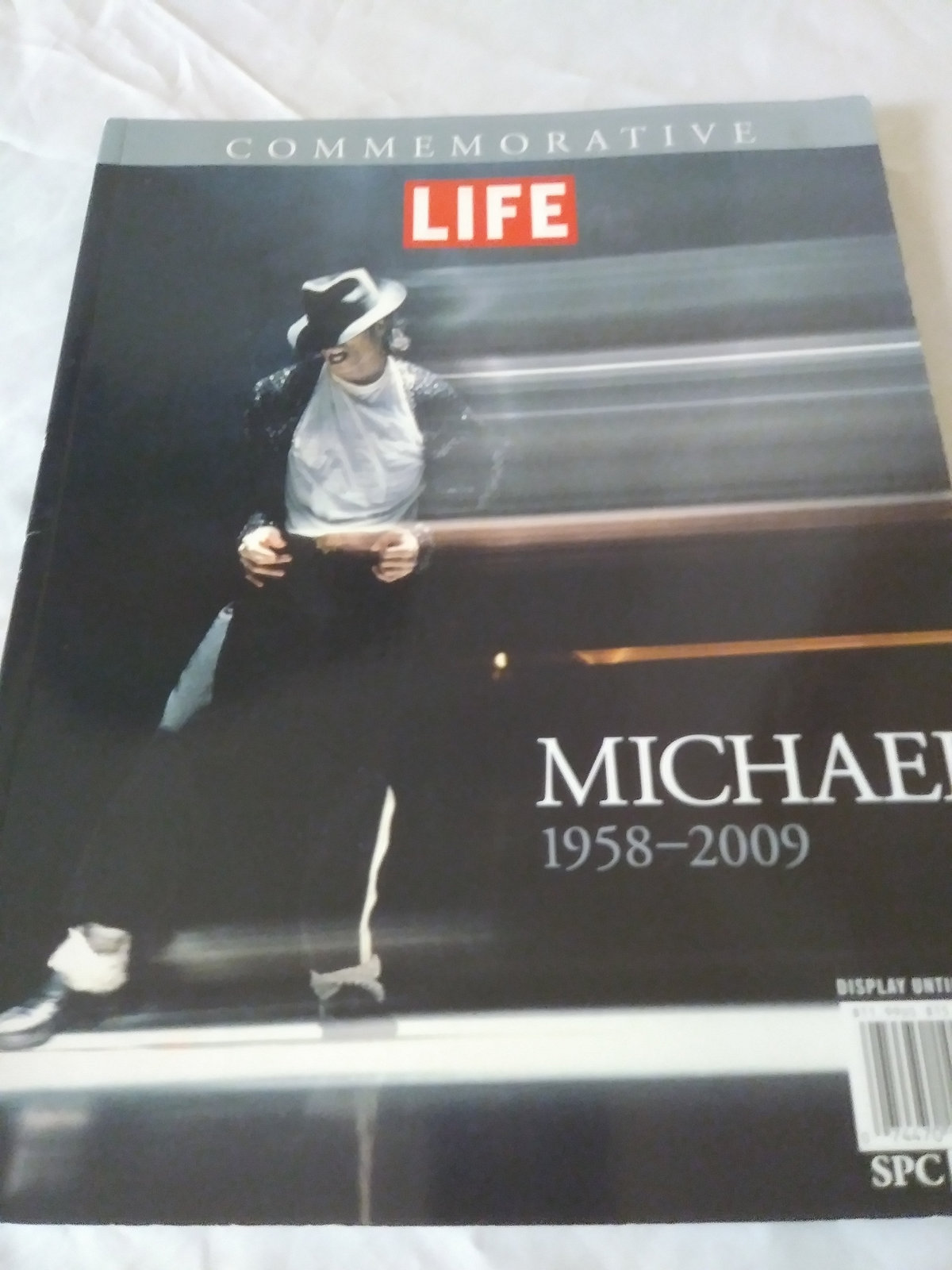 Commemorative Life Tribute Special By Editors of Life Michael 1958-2009 magazine