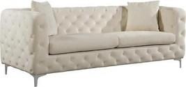 Meridian Furniture Scarlett Modern Cream Velvet Living Room Sofa  - $28.910,93 MXN