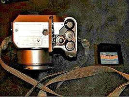 Fujifilm FinePix 2800 Zoom 2.0 MP Digital Camera Silver Vintage AA19-1389 image 9